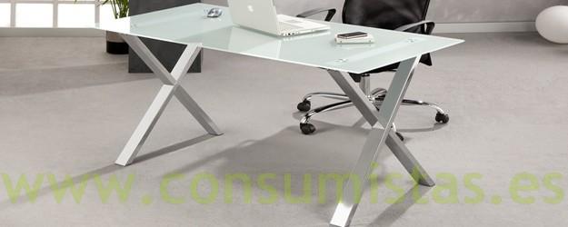 Mesa de escritorio en cristal con patas cromadas car for Mesa escritorio cristal
