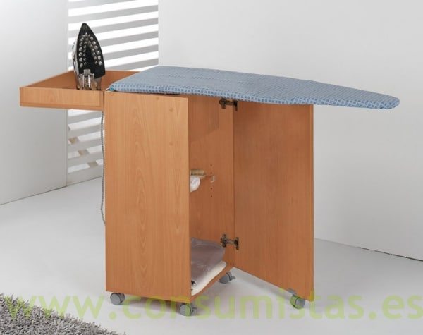 Tabla armario plegable para plancha consumistas for Mueble para tabla de planchar
